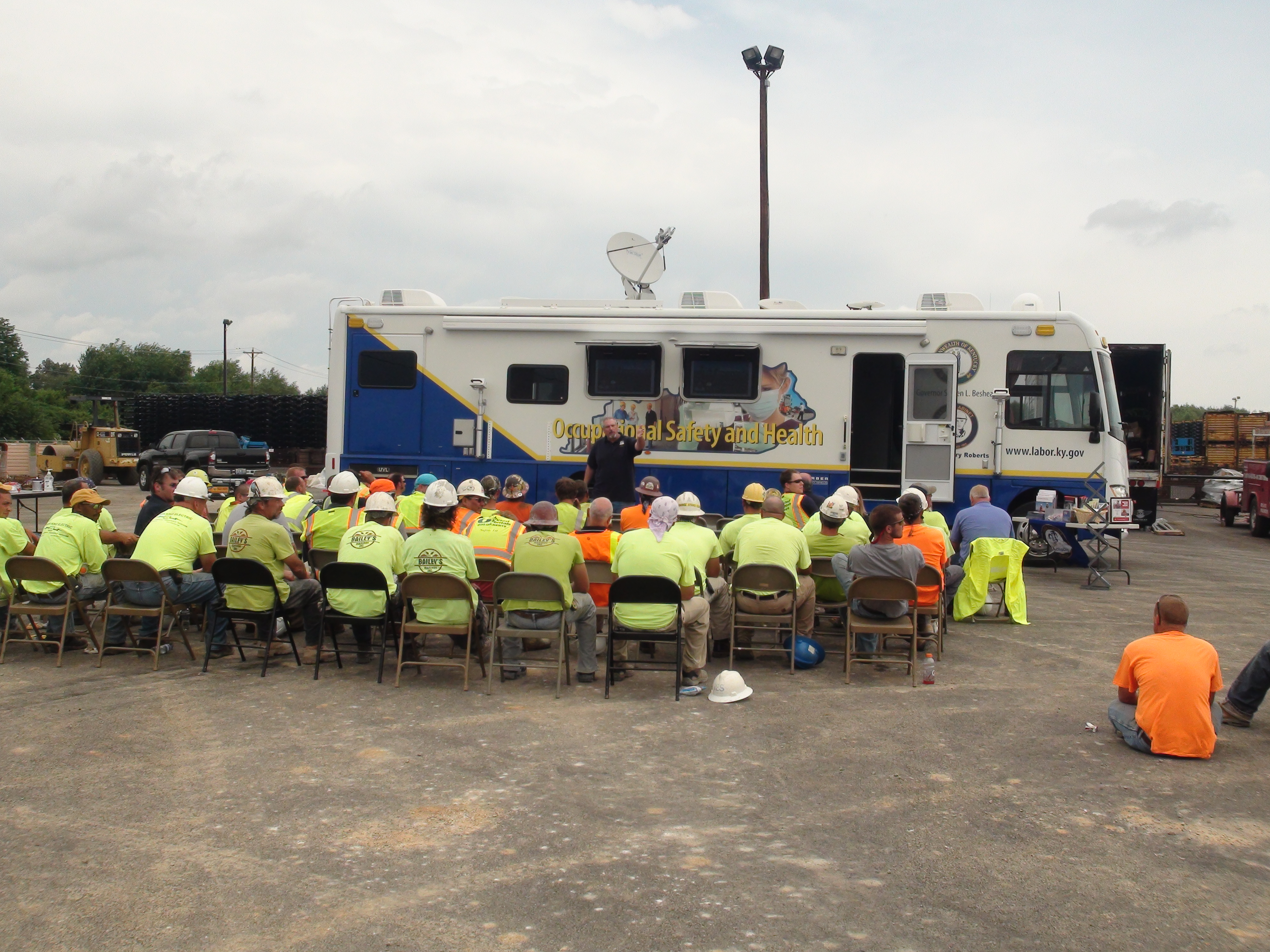 Kentucky Labor Cabinet Joins National Safety Stand Down To Prevent Falls In  Construction